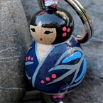 Porte-clefs lillipuce kokeshi flanelle 3 cm