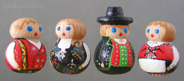 poupées en costumes norvégiens